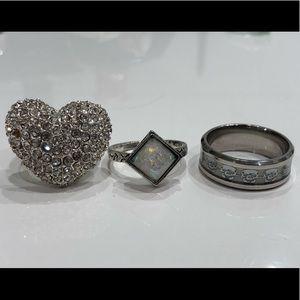 Three piece ring pack